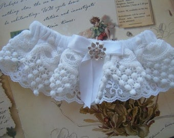 Two layers of Lace, One pretty Garter-----Ready to Ship