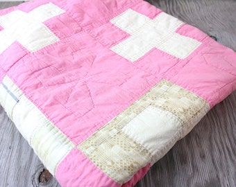 Vintage Retro Bright Pink Patterned Fabric Blanket