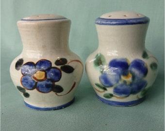 Vintage Salt Pepper Shakers
