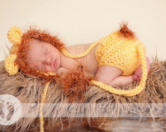 READY Baby Halloween -  Baby Boy Hat - Baby Hat - Baby Lion Hat & Diaper Cover Earflaps, Ties and  Fun Textured Mane