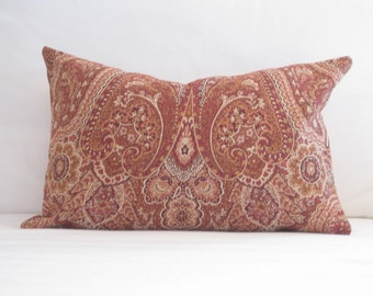 Red Paisley Outdoor Pillows 16