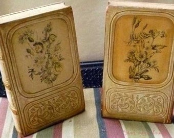 Vintage Borghese Chalk Ware Bookends in the Shape of Books