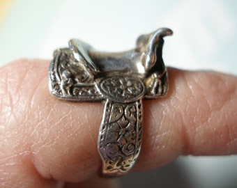 Vintage Sterling Silver Saddle Ring, Small Size 5 or 5.5