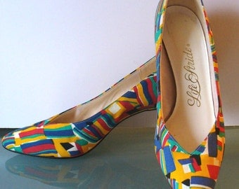 Vintage Life Stride Op Art Fabric Pumps Size 7 US