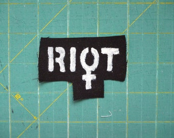 Riot Feminist sew on patch