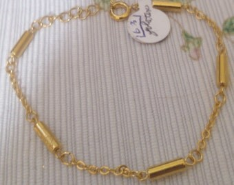 Simple Chain and Barrel Bracelet