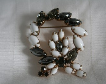 Milk Glass and Hematite Prong Set Brooch