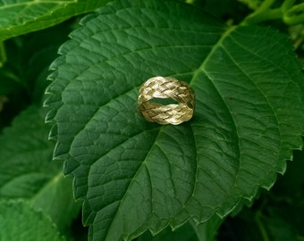 14k yellow gold Turks head ring