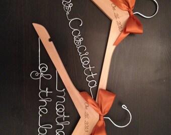 Bridal Hanger / Bride & Mother of the Bride Wedding Hanger SET / Wedding Hanger Set / Mother of the Bride Gift / Bride Hanger