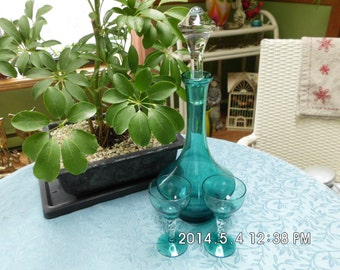 Fine Liquor Decanter in teal with two glasses, wedding gift, anniversary gift, home decor, for your bar,vase,bath beads and soaps