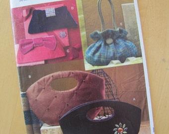 Uncut Vogue 0678 Sewing Pattern - Handbags