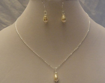 925 Swarovski Crystal and Swarovski Pearl Teardrop Necklace and Earring Set