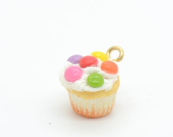 1 - Hand Made 3D Resin Cupcake Cabochon, Vanilla Cake Sprinkles Cupcakes Birthday Party Ice Cream Terrarium Findings Doll Colorful (F013)