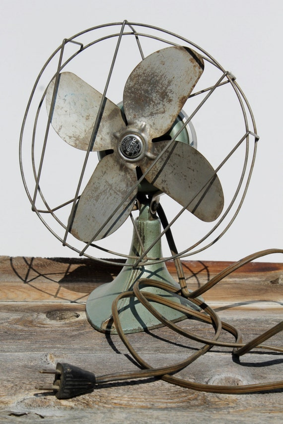 Best Table Top Fan : Vintage desk top fan arctic industrial table cast