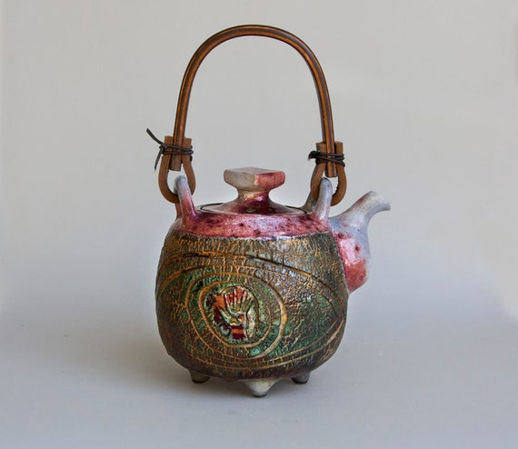 teapot green red cozy