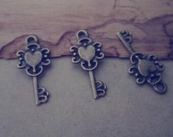 30pcs  antique bronze Key pendant Charms 12mmx26mm