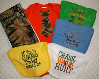6 Piece Camo Baby Boy Gift Set Orange Bodysuit with Camo Tie, Camo Burp Cluth and set of 4 Hunting Bibs- Orange and Camo Bodysuit Camo Baby