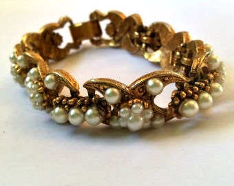 Victorian Revival, Pearl Bracelet, Florenza, Vintage Jewelry, Gift for Her SPRING SALE