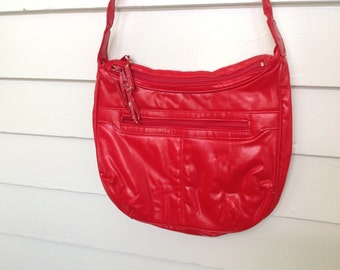 "Vintage Red Purse, Vintage Pleather Shoulder Bag, Cherry Red ""Leather"" Purse, Stein-Montreal Purse"