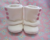Infant girls white wool soft soled Boots/crib shoes size 3-6 mos.  fleece-lined RTS