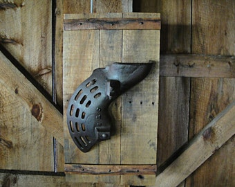 Industrial Wall Art   Corn Sheller Barn Wood Wall Hanging   Cast Iron  Industrial