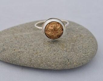 Vintage floral button ring
