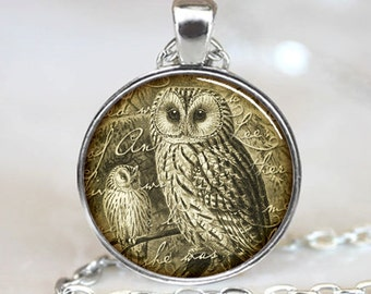 Owl Necklace , Vintage Style owl Jewelry , Silver Woodland Pendant (PD0288)