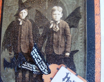 SALE ~~~~~Vintage Halloween -Black Bat Wing Motif Design