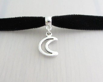 Custom Color Silver Hollow Moon Charm Velvet Ribbon Choker Necklace, 9mm Velvet Choker, Crescent Moon Pendant, Moon Charm Necklace