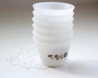 Vintage Set of 6 Milk Glass Dynaware Pyr-O-Rey Custard Cups