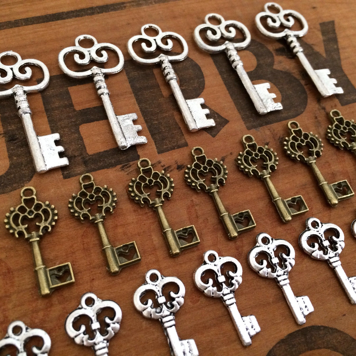 50 vintage antique style keys for necklace by for Antique looking keys