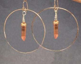 Hammered hoop earrings orange quartz dagger Sahara 94
