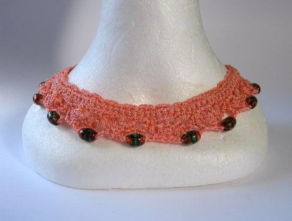 Vintage 1930s Silk Thread Crochet Collar with Venetian Beads