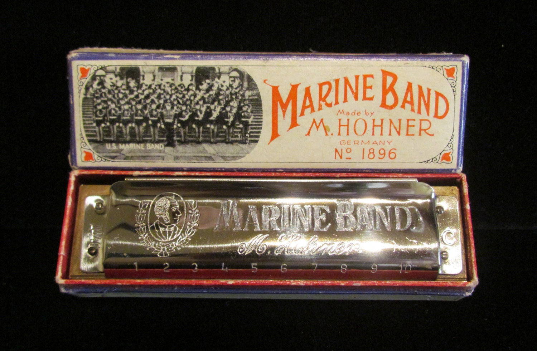 vintage 1950s m hohner marine band harmonica key of c. Black Bedroom Furniture Sets. Home Design Ideas