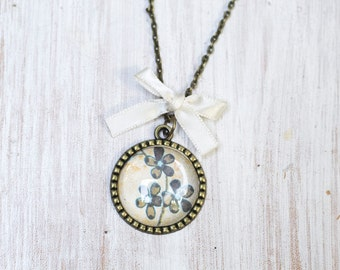 Vintage Flower Pendant, Flowers Necklace, Romatic Necklace, Gift for her