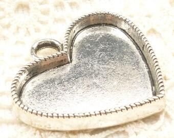 Deep Heart Base Setting, Antique Silver (2)