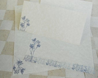 Large parchment paper stationery set, writing paper hand cut and stamped with navy blue flowers and grass, set of 30.