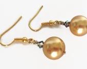 Pearl Dangle Earrings, Pearl Drop Earrings, Gold Pearl Earring, Faux Pearl Earring, Gold Pearl Drop Earring, Bridal Jewelry, Pearl Jewelry