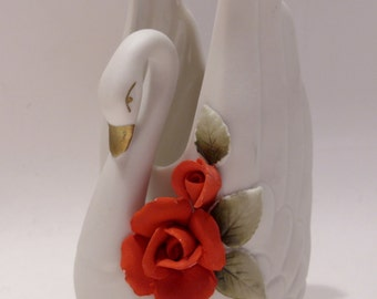 White Porcelain Swan Vase/Figurine with Red Roses Made in Japan