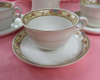 Set of 3 Antique Johnson Brothers Teacups and Saucers