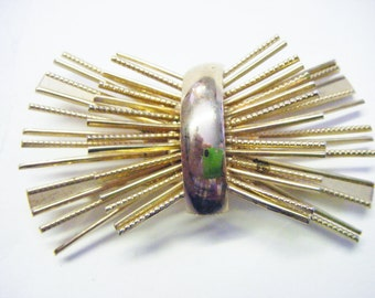 Striking Vintage Gold Brooch For Daytime or Evening Wear
