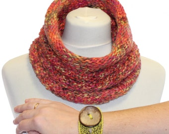 Infinity Scarf / Cowl / snood + crochet bracelet  / Colorful Chunky Infinity Cowl Neck Warmer Circle scarf /  orange green brown purple