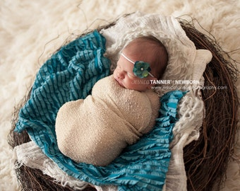 Newborn Knit Stretch Wrap, Newborn Photo Prop, Baby Stretch Wrap in Ecru, Textured Newborn Wrap, RTS