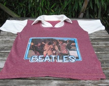 Rare Beatles Psychedelic Photo Iron On Short Sleeve Collared Sweatshirt Medium