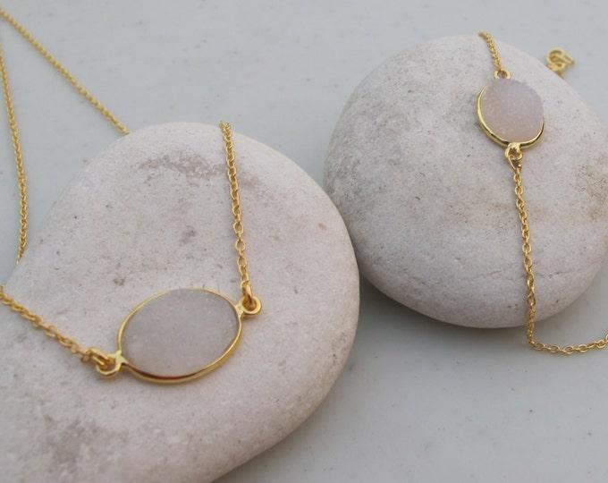 Oval White Druzy Necklace Bracelet- White Stone Jewelry Set- White Gemstone Necklace Bracelet- Simple White Sparkly Jewelry