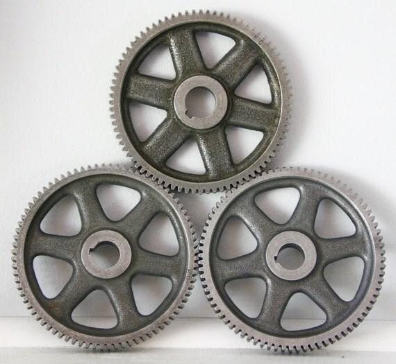 Industrial Vintage Drive Gear Cast Iron 1930s Machinery Grey Spoked Wheel Metal Decor