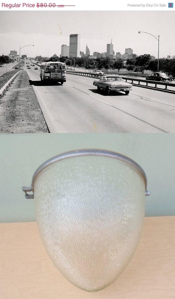 holiday sale vintage ge street lamp globe lighting supplies upcycled. Black Bedroom Furniture Sets. Home Design Ideas