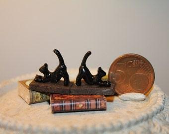 Miniature dollhouse bookends