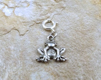 Pewter Frog Charm - Fits European and Traditional Bracelets - 0022