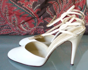 Vintage Made in Italy Garolini Ankle Strap Pumps Size 10US